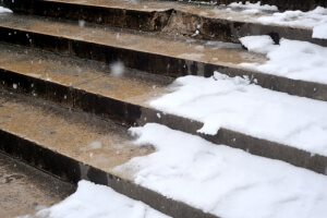 Denver personal injury attorneys explain property owners' responsibilities to remove snow & ice to prevent fall hazards.