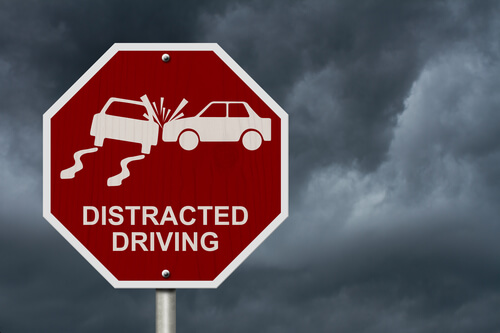 A Look at the Distracted Driving Problem in the U.S.